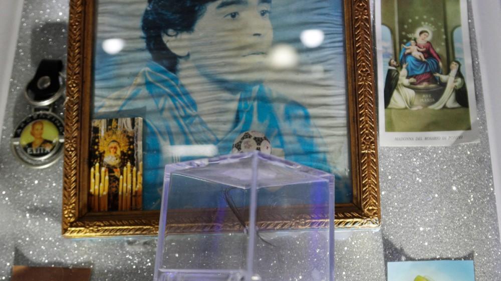 Za navijače Napolija tim je religija, a Maradona je bog (FOTO) 6
