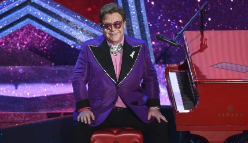 Elton Džon prekinuo koncert na Novom Zelandu zbog upale pluća 1