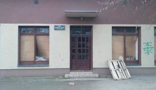 Napad na sedište Hrvatskog društva u Novom Slankamenu 7