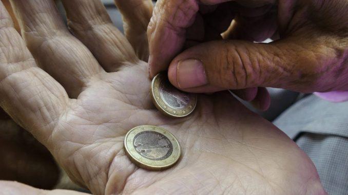 Pandemija zaustavila novčane pošiljke siromašnima širom sveta 1