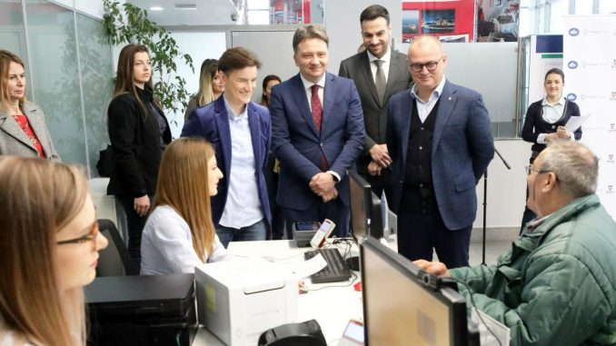 Brnabić i Vesić o novom načinu plaćanja javnog prevoza i o dokumentarcu o Vučiću 2