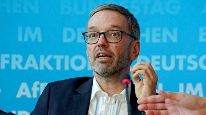 DW: Kikl opet tvrdi da je sa Srbijom dogovoren povratak migranata 1