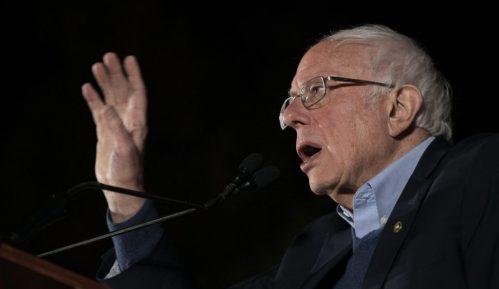 Sanders odustao 14