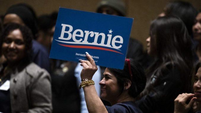 VOA: Berni Sanders učvrstio status favorita u trci za demokratsku predsedničku nominaciju 2
