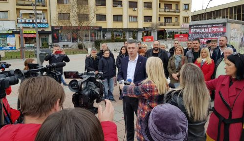 Pokret Dveri počeo kampanju iz Čačka 9