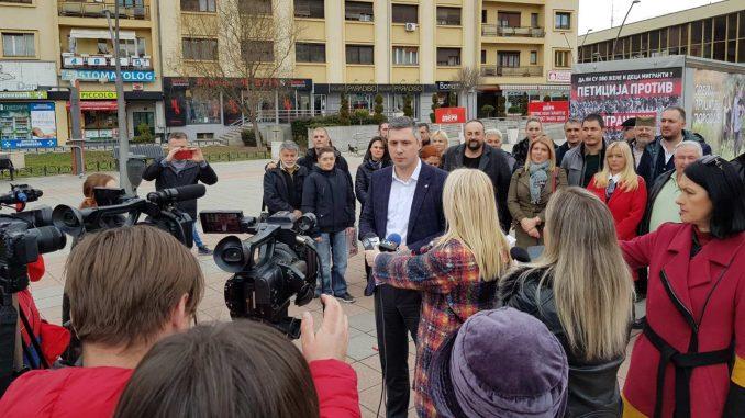 Pokret Dveri počeo kampanju iz Čačka 3