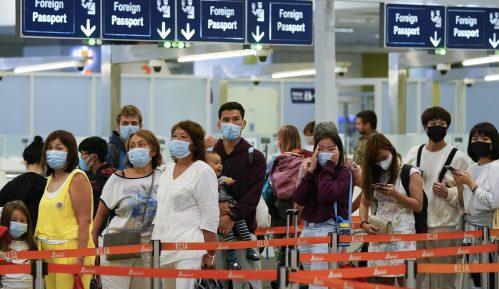 Udvostručen broj prijavljenih slučajeva korona virusa na brodu u Japanu 7