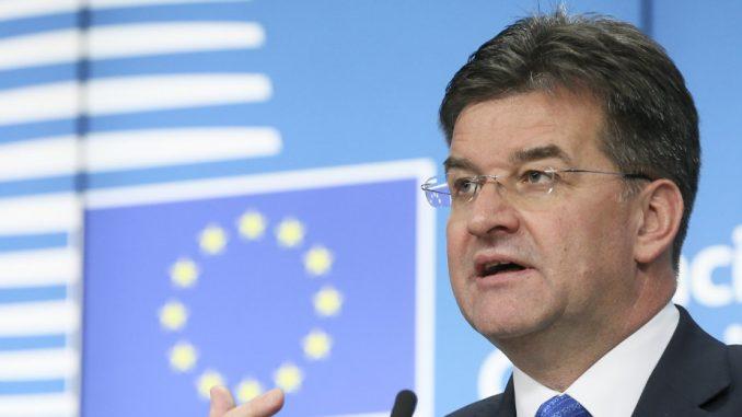 Lajčak: Srbija i Kosovo će menjati Ustav 3