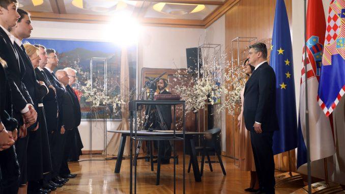 Zoran Milanović položio zakletvu kao novi predsednik Hrvatske (FOTO) 4