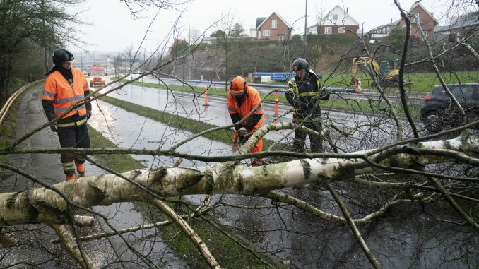 Najmanje sedam mrtvih u oluji Kjara koja je pogodila Evropu 3