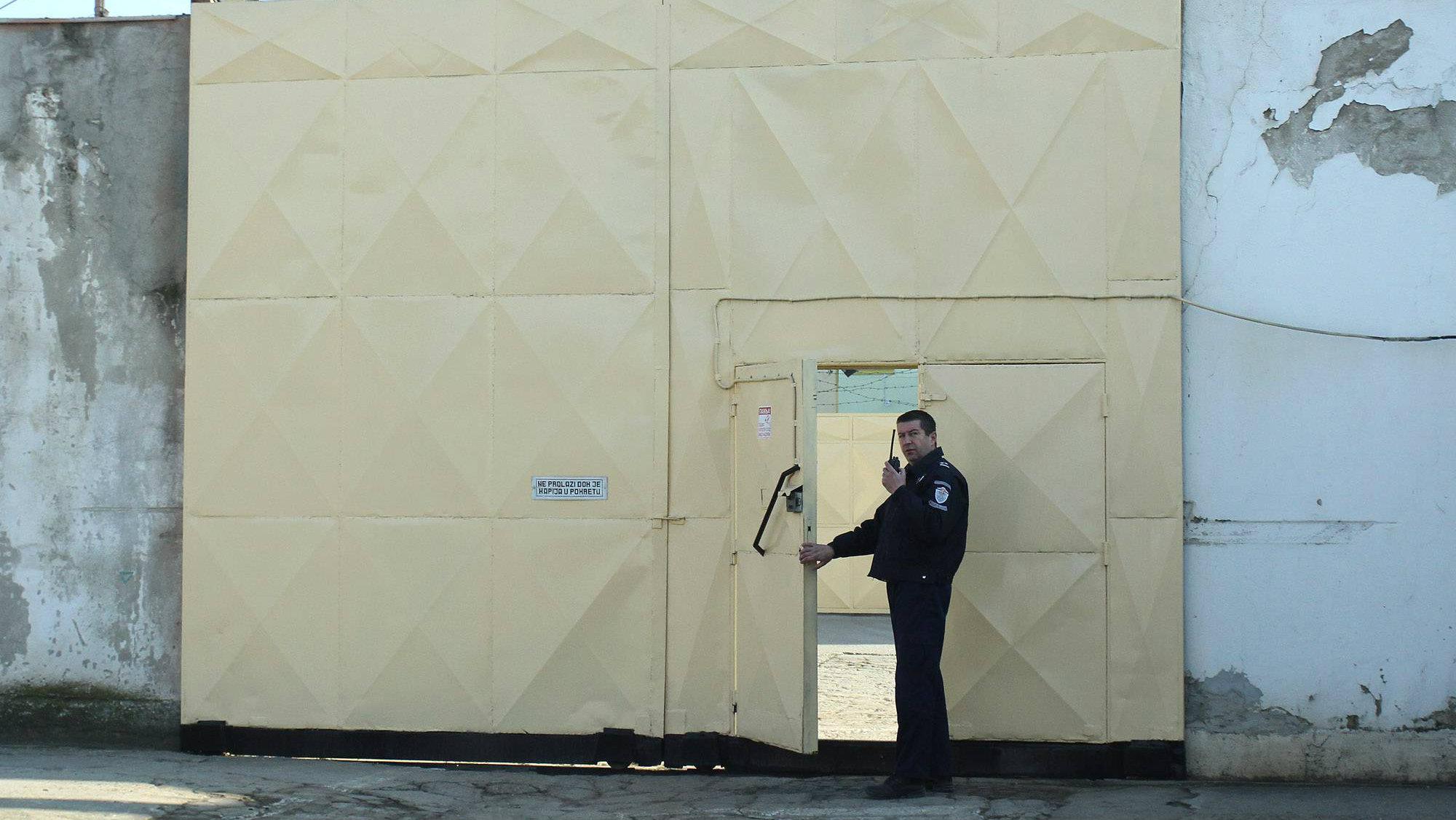 Uprava: Svi osuđenici niškog zatvora od jutros uzimaju hranu 1