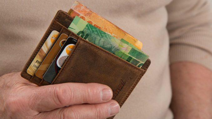 Prosečna zarada u Srbiji u septembru 59.698 dinara, godišnje realno uvećanje 9,2 odsto 1
