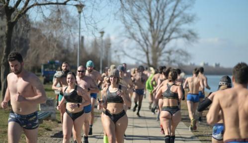 Održana trka u donjem vešu 72