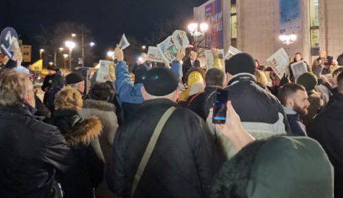 Otpušteni žandarmi na protestu u Novom Sadu 3
