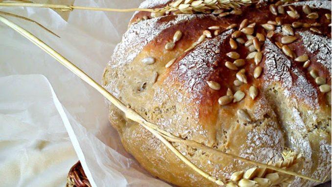 Recept nedelje: Suncokretov hleb 5