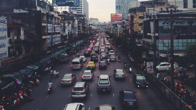 Više od pedeset zemalja usvojilo propise o autonomnim vozilima 1