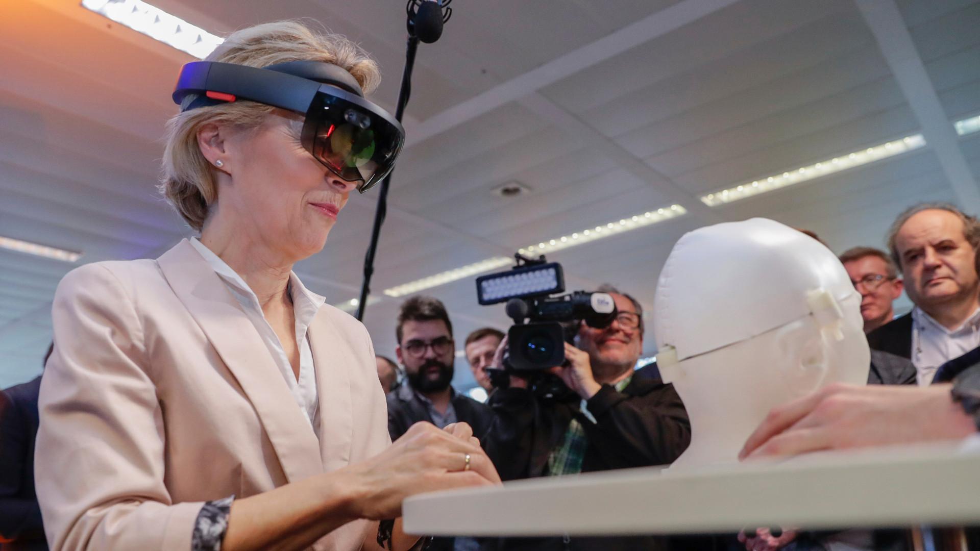 EU predlaže pravila za regulisanje veštačke inteligencije da bi ograničila rizike 1