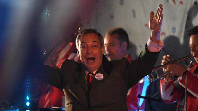 Velika Britanija zvanično izašla iz EU posle 47 godina (FOTO) 6