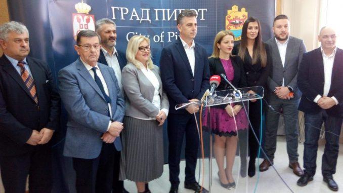 Vasić o imenovanju za člana Predsedništva SNS:Za mene i grad je ovo velika čast 1