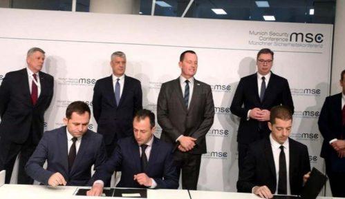 Srbija i Kosovo potpisali sporazume o železničkoj vezi i auto-putu Beograd-Priština 14