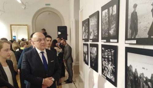 """Otvorena izložba """"Rat kroz objektiv 1941-1945"""" u Ruskom domu 5"""
