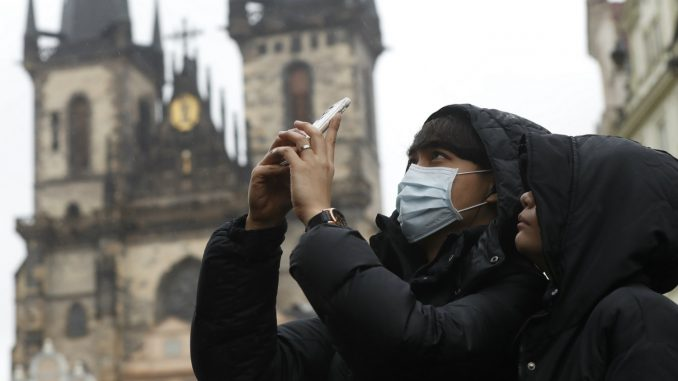 Češka na 14 dana zamrzla Česima aktivnosti u slobodno vreme 2