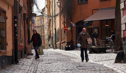 U Švedskoj nagli skok broja obolelih i umrlih od korona virusa 11