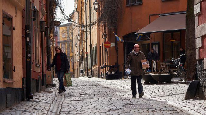 U Švedskoj nagli skok broja obolelih i umrlih od korona virusa 4