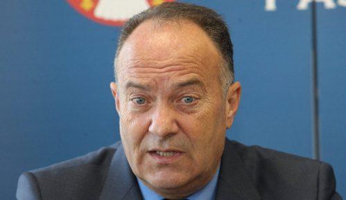 DS zahteva ostavku ministra prosvete Srbije ako ne predloži 'ozbiljnu strategiju' za nastavu 8