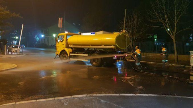 Dezinfekcija ulica i zgrada u Šapcu 4