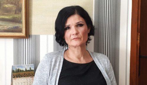 """AK Šapca demantovala da je advokatica dobila prijavu zbog naručivanja pesme """"Pada vlada"""" 7"""