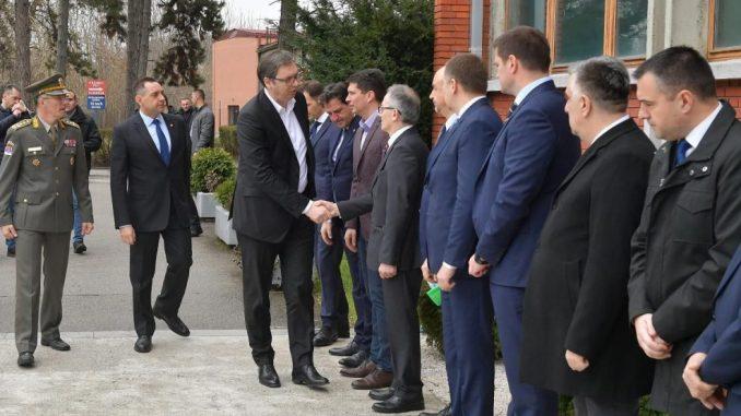 Vučić abolira bivše rukovodstvo od odgovornosti 2