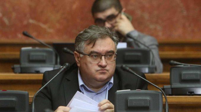 Vukadinović: Stepen poverenja u vlast veoma nizak 4