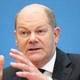 Šolc favorit za novog nemačkog kancelara i nakon poslednjeg predizbornog sučeljavanja 9