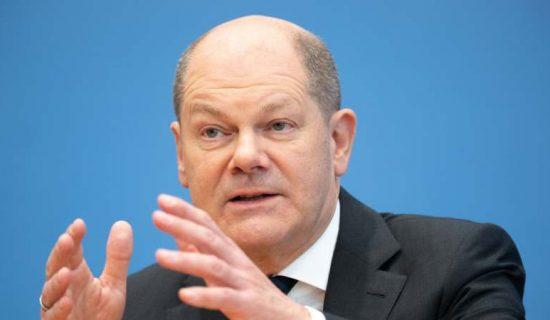 Šolc favorit za novog nemačkog kancelara i nakon poslednjeg predizbornog sučeljavanja 12