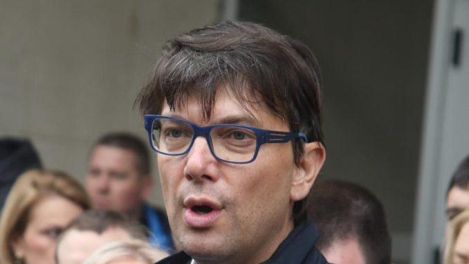 Nikola Jovanović podneo ostavku na sve funkcije u Narodnoj stranci 2