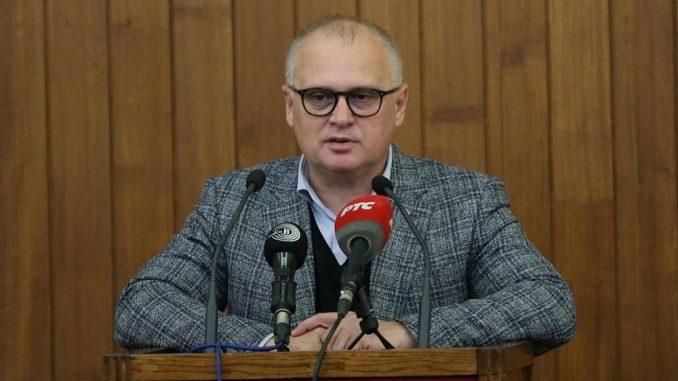 Vesić: Uhapšeni zbog laži o vakcinaciji, a ne zato što neće da se imunizuju 5