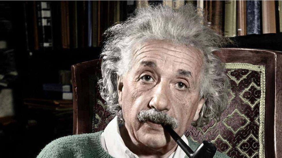 Albert Ajnštajn
