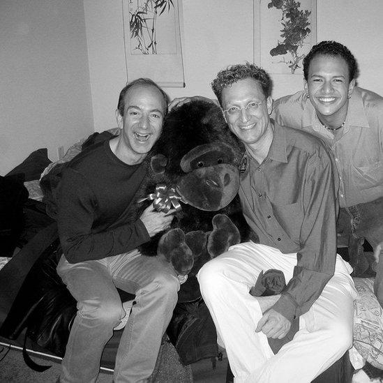 Bezos (levo), Vajgend (u sredini) i Selindžer (desno)