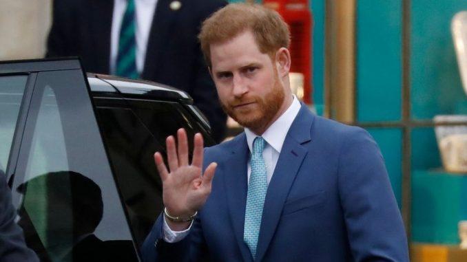 Princ Hari ćaskao sa dvojicom Rusa misleći da ga zove Greta Tunberg 3