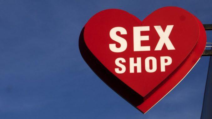 Korona virus i seks: U Rusiji se kupuju kostimi medicinskih sestara i kondomi 2