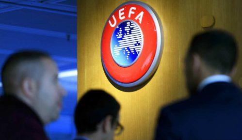 Uefa novčano kaznila Ajaks zbog navijača 1