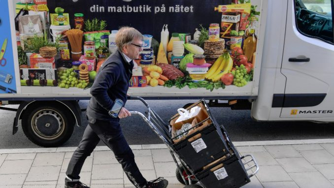 """Brošura o preživljavanju izvučena iz """"naftalina"""" u Švedskoj 4"""