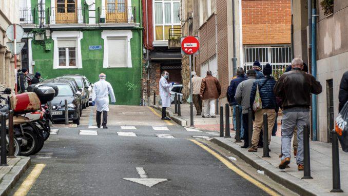 Španska vlada neće uvoditi strože mere uprkos porastu broja zaraženih 1