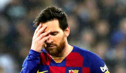 Barselona gubi 100 miliona evra 8