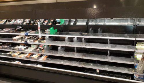 Panična kupovina prisiljava supermarkete da ograniče prodaju 13