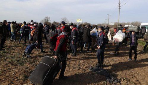 Ursula fon der Lajen na grčkoj granici obećala pomoć od 700 miliona evra 3