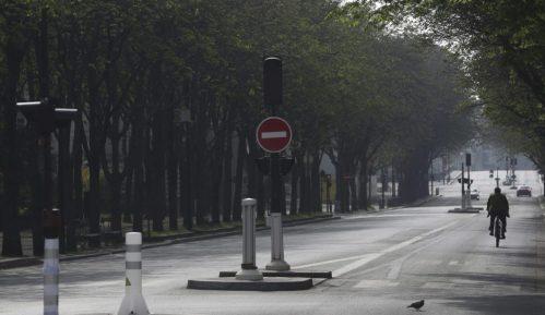 U Francuskoj od danas zatvorena javna mesta i šetališta 3
