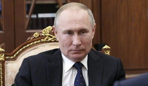 U rezidenciji Putina postavljen tunel za dezinfekciju 3
