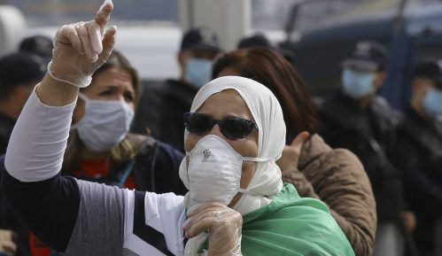 Alžirska policija rasterala protest protiv vlasti u glavnom gradu 5